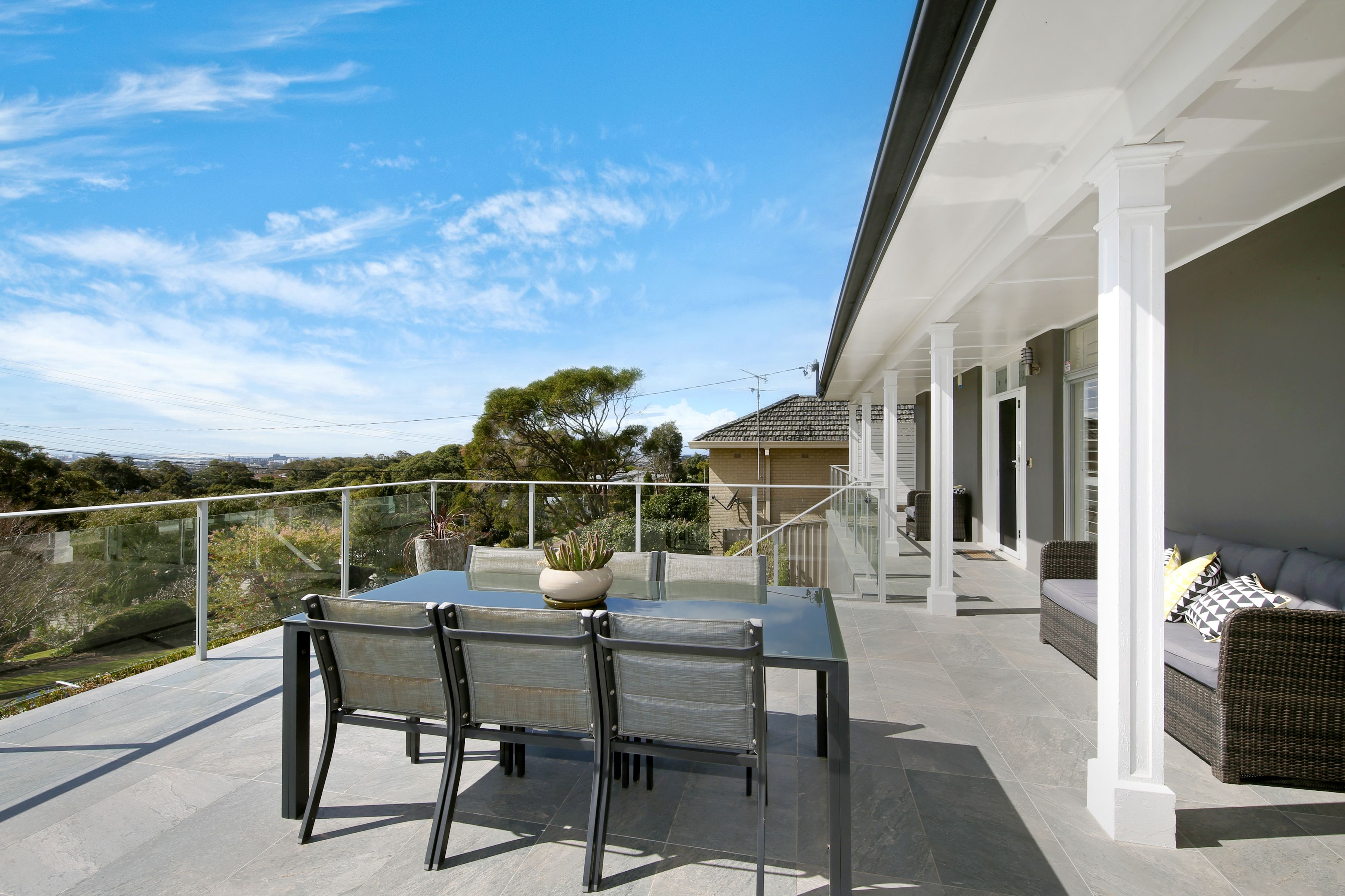 23 Rembrandt Drive, Merewether Heights