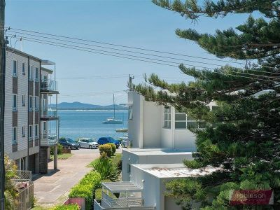 5/2 Lillian Street, Shoal Bay