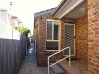 2/9 Merewether Street Merewether, Nsw