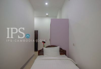 Phsar Chas, Phnom Penh | House for rent in Daun Penh Phsar Chas img 8