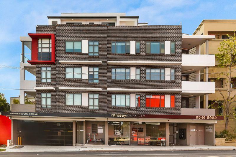 1 Bedroom Top Floor Studio Apartment