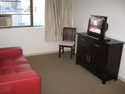 TERRIFIC FULLY FURNISHED 2 BED UNIT
