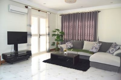 Near Chinese Embassy | $600 USD, Nirouth, Phnom Penh | Condo for rent in Chbar Ampov Nirouth img 0