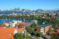 MOSMAN RENOVATED 1BED F/F TOP FLOOR APT WITH STUNNING HARBOUR VIEWS FROM BALCONY