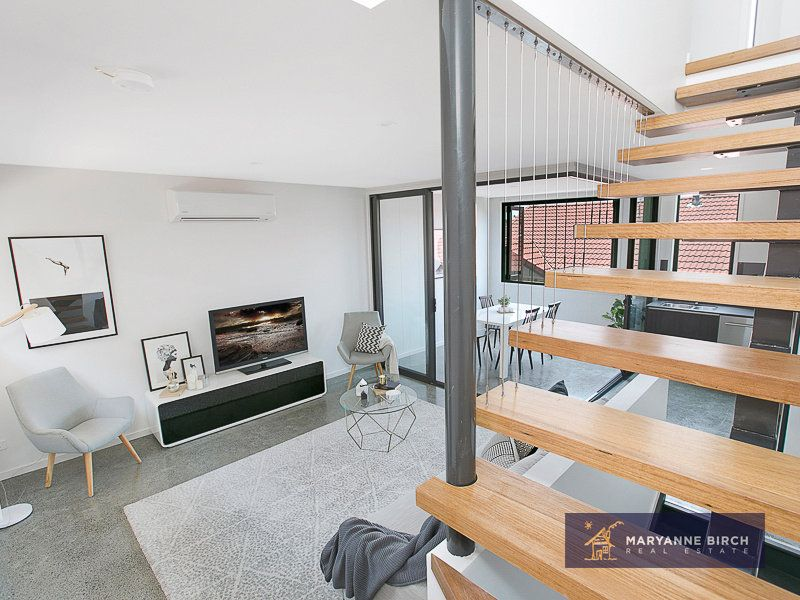 Beautiful Unit in Bulimba!