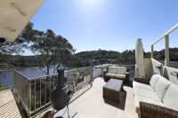 Immaculate bay living