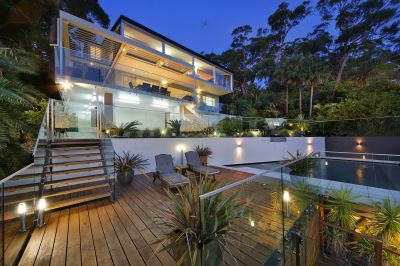 Luxurious Waterfront Residence