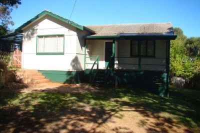 Cottage close to town REDUCED