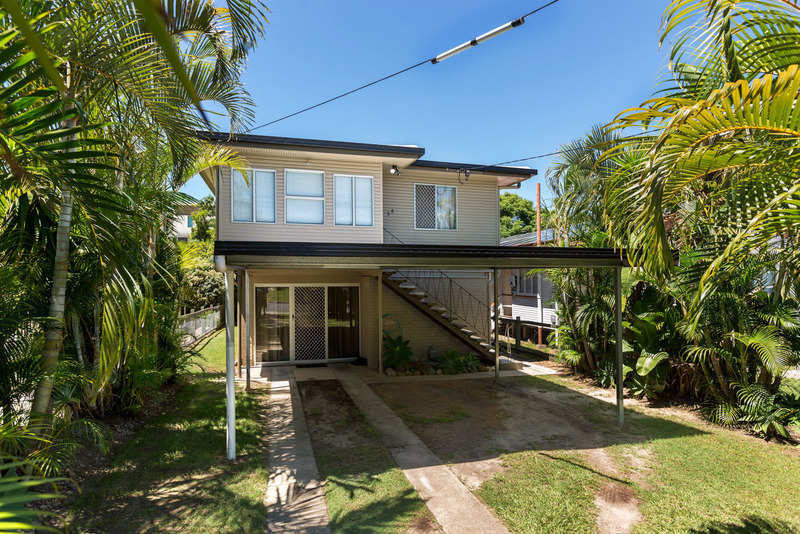 AUTHENTIC DUAL LIVING IN CENTRAL REDCLIFFE!!!