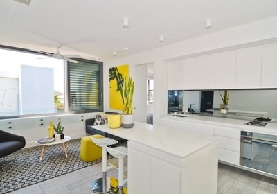 BEACH LOVERS TAKE NOTE!   - FULLY FURNISHED