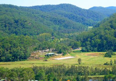 horse/cattle haven/lifestyle retreat on amazing 100 acre farm with river views   ideal horse stud/agistment/trail riding