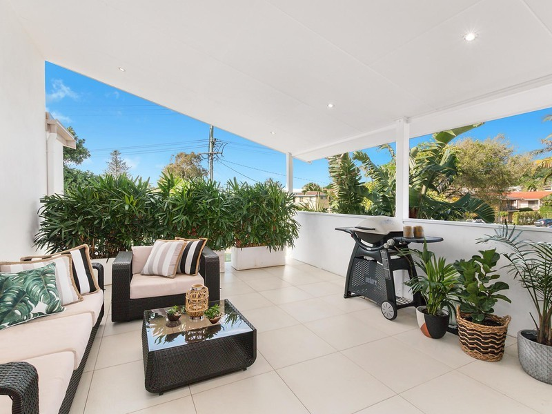Luxury Living In Lennox Head Village