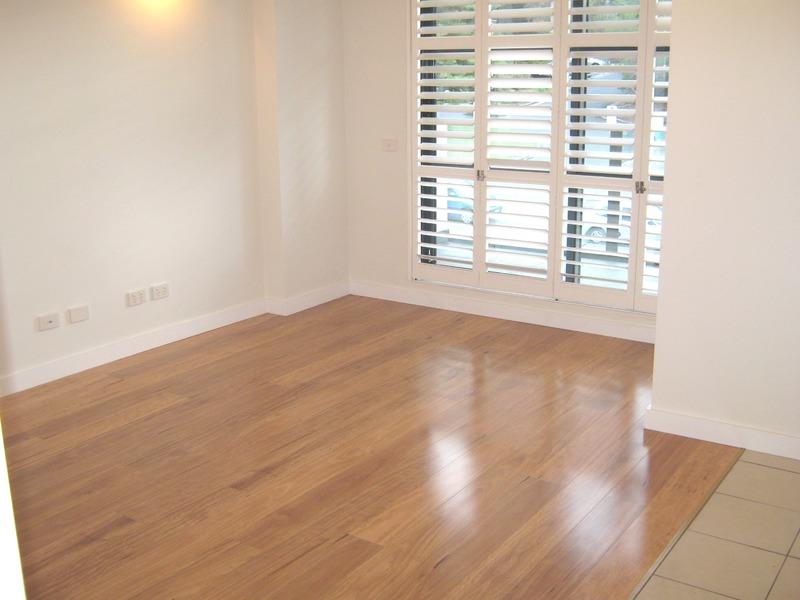 Super studio with separate bedroom