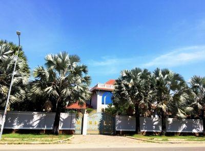 Boeung Kak 1, Phnom Penh   Villa for rent in Toul Kork Boeung Kak 1 img 2