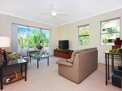 North Facing Top Floor Apartment with Lock Up Garage