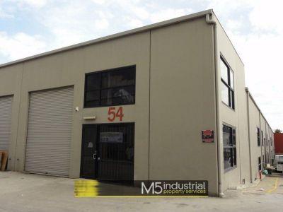 137m² - Modern Warehouse & Office