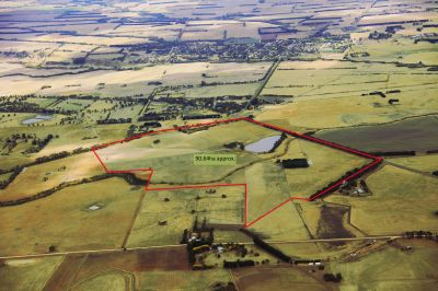 Build a Lifestyle and Income Here 90.64ha  224 acres approx.