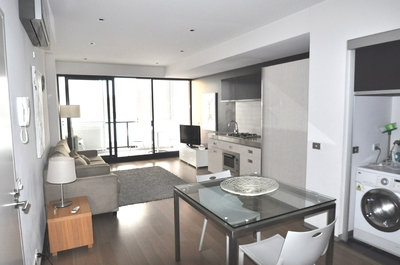 Fully Furnished - One Bedroom Executive Apartment with Car space!!
