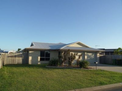 FAMILY HOME, CENTRAL LOCATION!