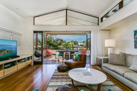 Exquisite, Contemporary Home In Prime Byron Bay Location