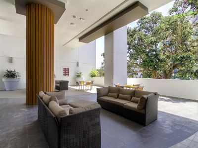 Easy Living & Contemporary Style in a Location to Love