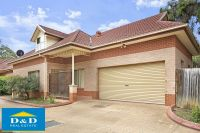 Fantastic Townhouse. 4 Bedrooms. 3 Bathrooms. Double garage. Walk to Station, Shops and Schools.