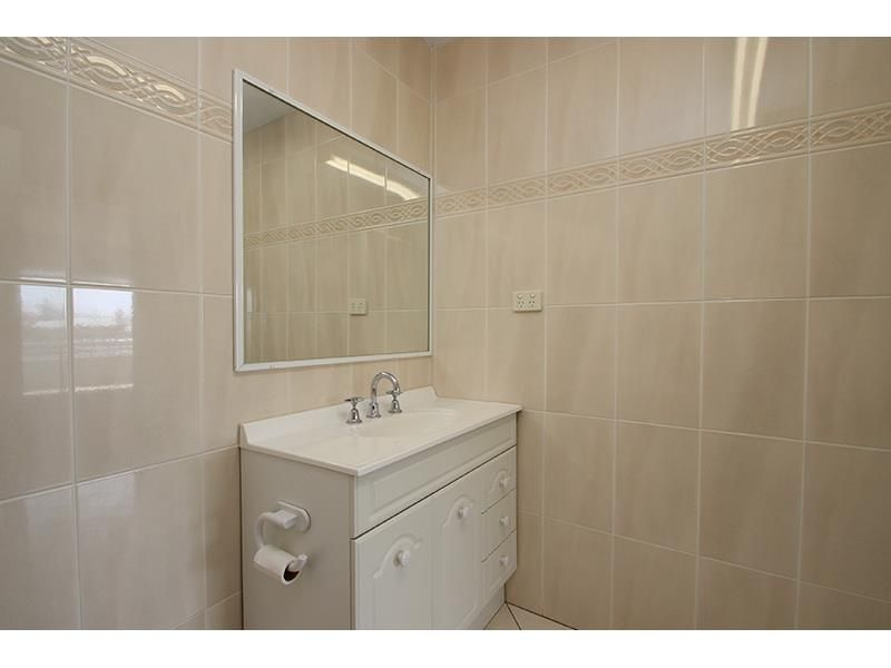 view photo gallery - Bathroom Accessories Newcastle Nsw