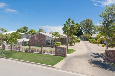 WELL PRESENTED, FENCED BACK YARD, PRIVATE! THIS PROPERTY TICKS ALL THE BOXES. YOU WILL LOVE LIVING HERE!!