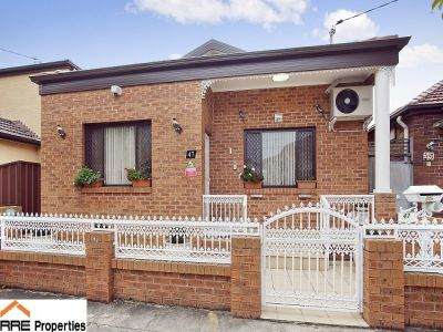 Renovated Delightful Family Home