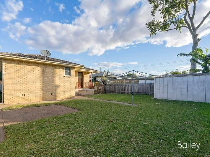 4 Waterhouse Avenue, Singleton