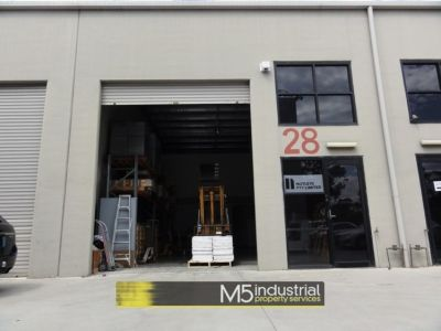 218SQM - MODERN INDUSTRIAL UNIT WITH DUAL ACCESS
