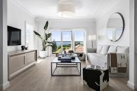 Elegant space & style with superb harbour panoramas