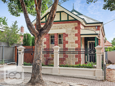 Single fronted Villa with all the Charm!