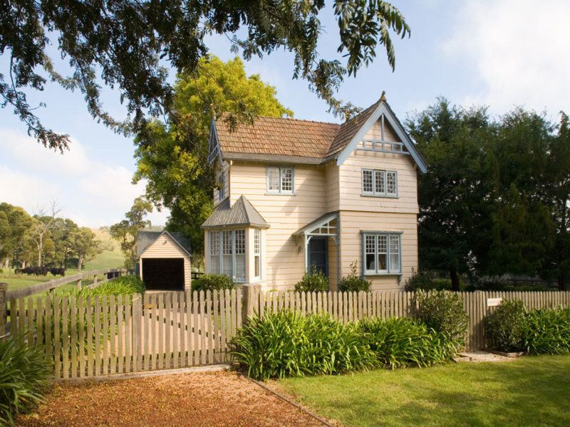 Additional photo for property listing at **PRICED TO SELL** Highfield - An historic English style country estate  Sutton Forest, 新南威尔士,2577 澳大利亚