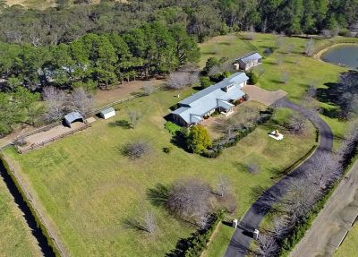 another sold by in conjunction real estate. more acreage listings urgently required - many buyers waiting!!