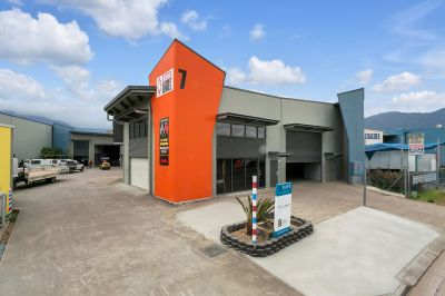 High Clearance Industrial Warehouse + Office