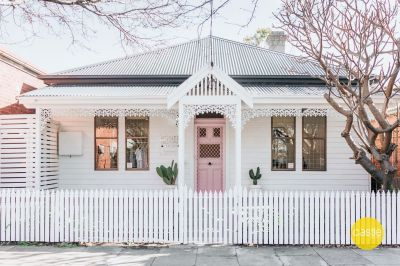 Double Fronted Cottage in Vibrant CBD