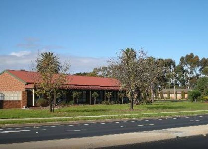 B&B MOTEL LEASEHOLD - LONG 30 YEAR LEASE - SPACIOUS DESIGN WITH QUALITY APPOINTMENTS