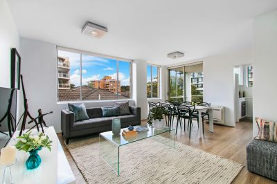 Newly Renovated With A Fresh Coastal Vibe And Lock-Up Garage