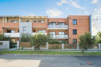 13/572-574 Woodville Rd, Guildford