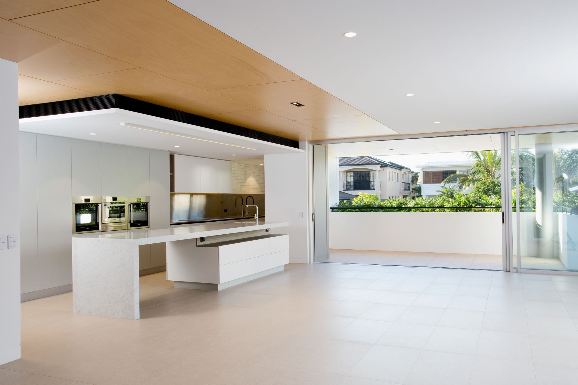 Additional photo for property listing at An award winning luxury design, the perfect Main Beach residence  Main Beach, Queensland,4217 Australie