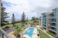 Unit 42 Dwell 107 Esplanade, Bargara