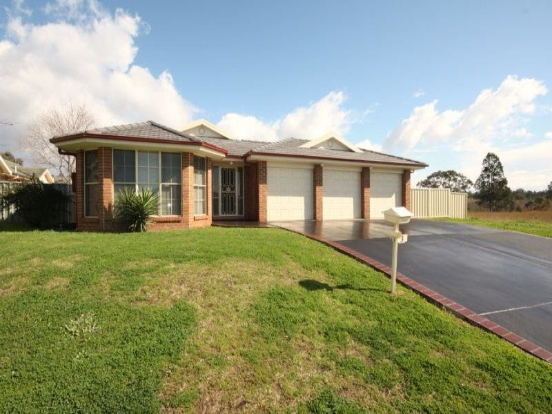 3 McMahon Way, Singleton
