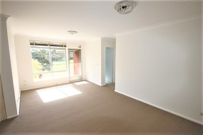 Two Bedroom Unit Overlooking the Park