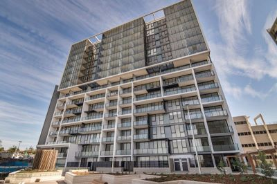 Stunning Ocean Views in Brand New Apartment- Call for an inspection today!