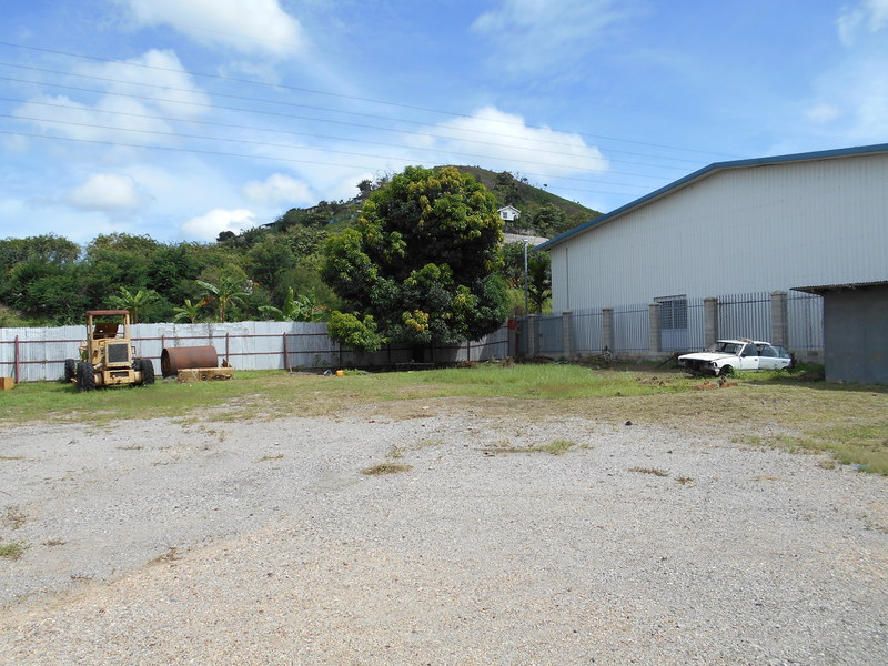 OB038: Commercial Land,Workshop and Office Space for Lease.