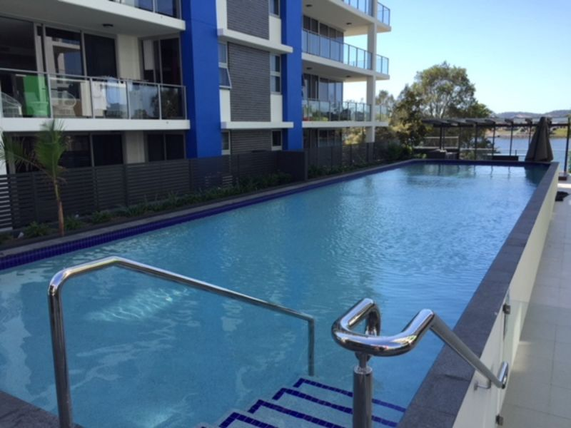 ULTRA MODERN 3 BED WATERFRONT APARTMENT WITH AN ABUNDANCE OF AMENITIES