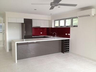 3 Bedroom Townhouse Available in Kangaroo Point