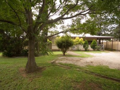Country Style Home - 1532m2