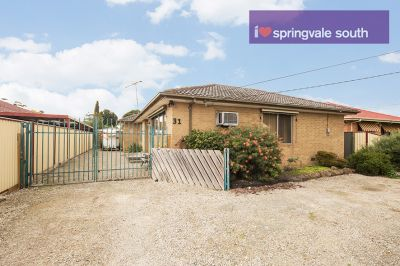 Stunning 3 Bedroom Home in Springvale South